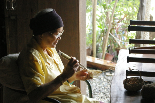 Traditional Weaving (credit: Sra)