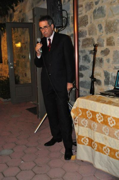The proprietor Mr Solomos introducing an event at Taleton.
