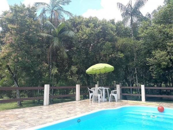 You can also relax by the pool, chat to other guests or sip a caipirinha in our covered BBQ area.