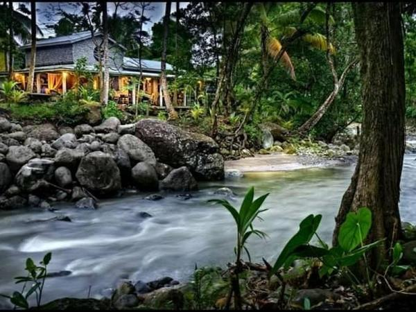 R201110-DM: Citrus Creek Plantation - Hotel For Sale - Dominica